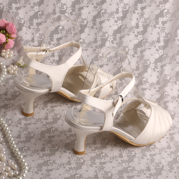 5fd25a6ab926 Brand Name Women Mid Heel Sandals Bridal Ivory 6.5CM Free Dropshipping-in Women s  Sandals from Shoes on Aliexpress.com