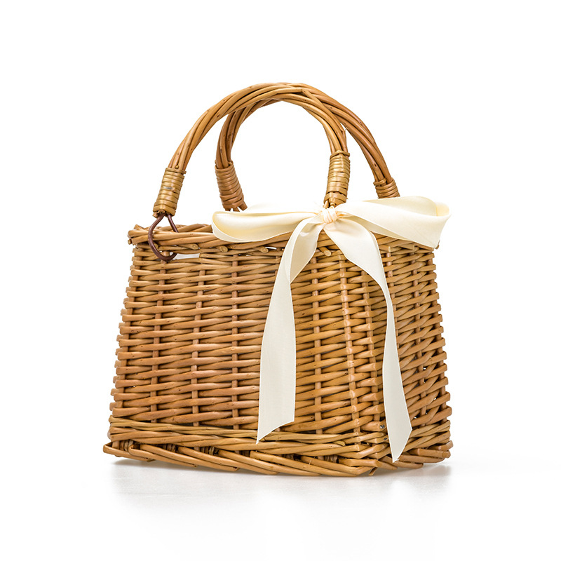 Straw Women's Bag Holiday Beach Bag Basket Bag Rattan Bag Woven Basket Handbag 1