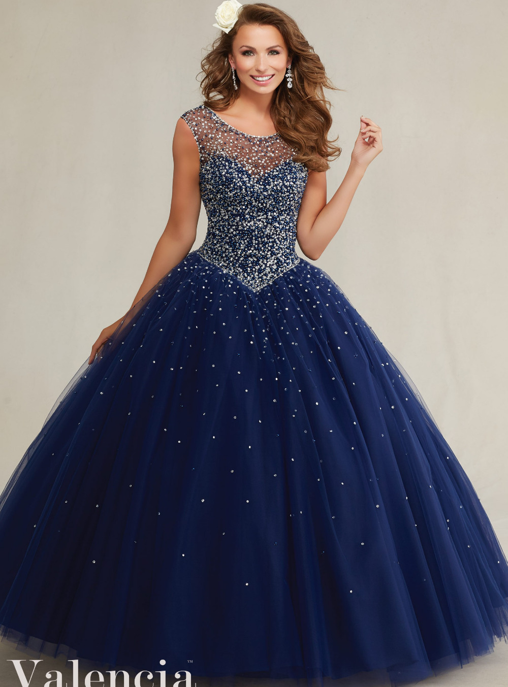 And quinceanera silver dresses recommendations to wear in summer in 2019