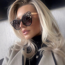 Winla New Fashion 2017 Cat Eye Sunglasses Women Luxury Diamond Decoration Reflective Coating Mirrors Shades UV400 Protection