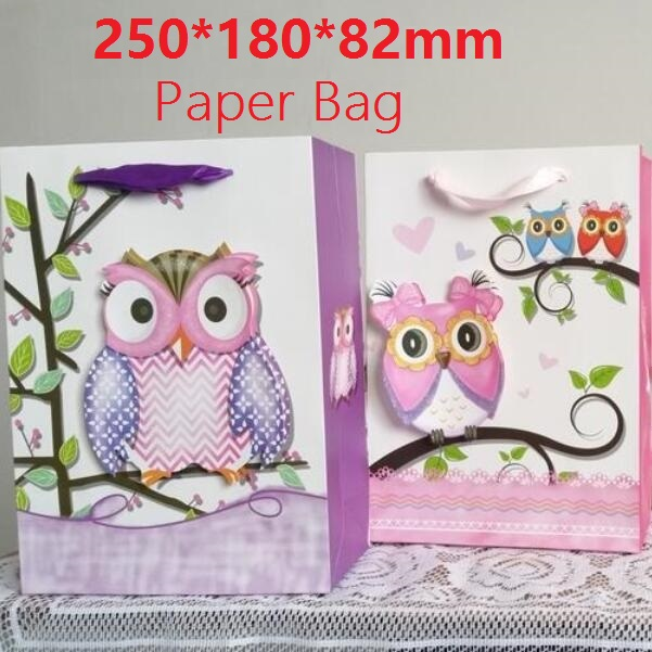 1PC / lot 3D Owl design 210g White Kraft papperspåse Förpackningsväskor med handtag Jul New Year Festival Barn presentpåse