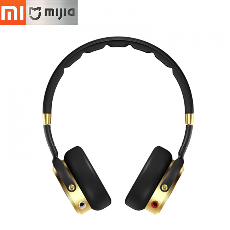 цена на Original Xiaomi Mi Headphones Foldable over Ear HiFi Stereo Headset with Built-in Mic Ultra lightweight design Headset earphones