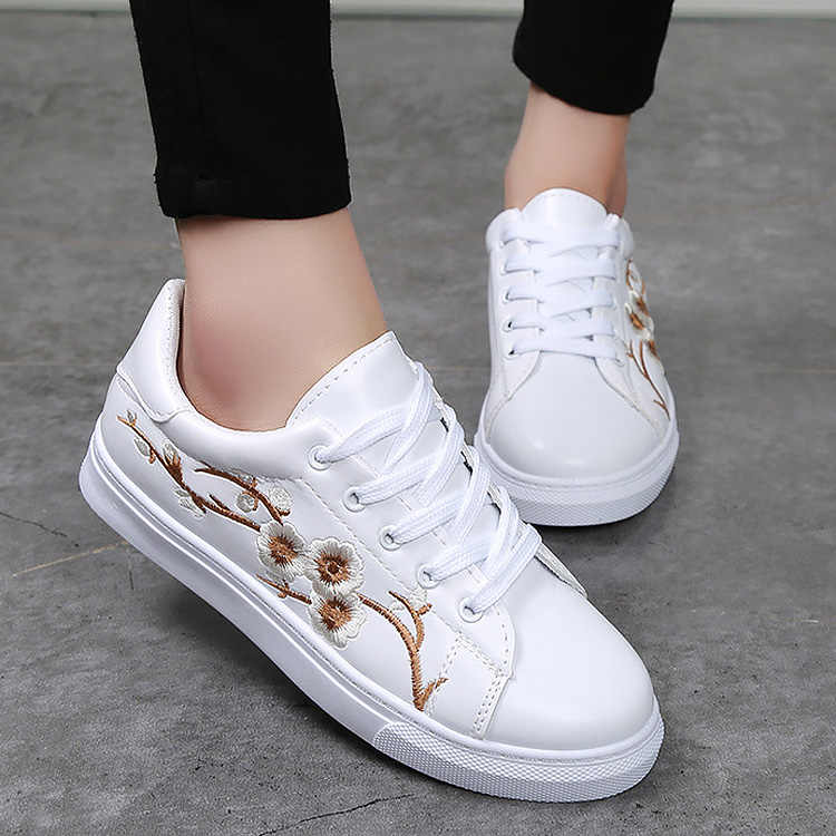 6bed7700486 Women shoes new fashion PU Leather chinese traditional embroidery leisure  female Lace Up flower flat shoes