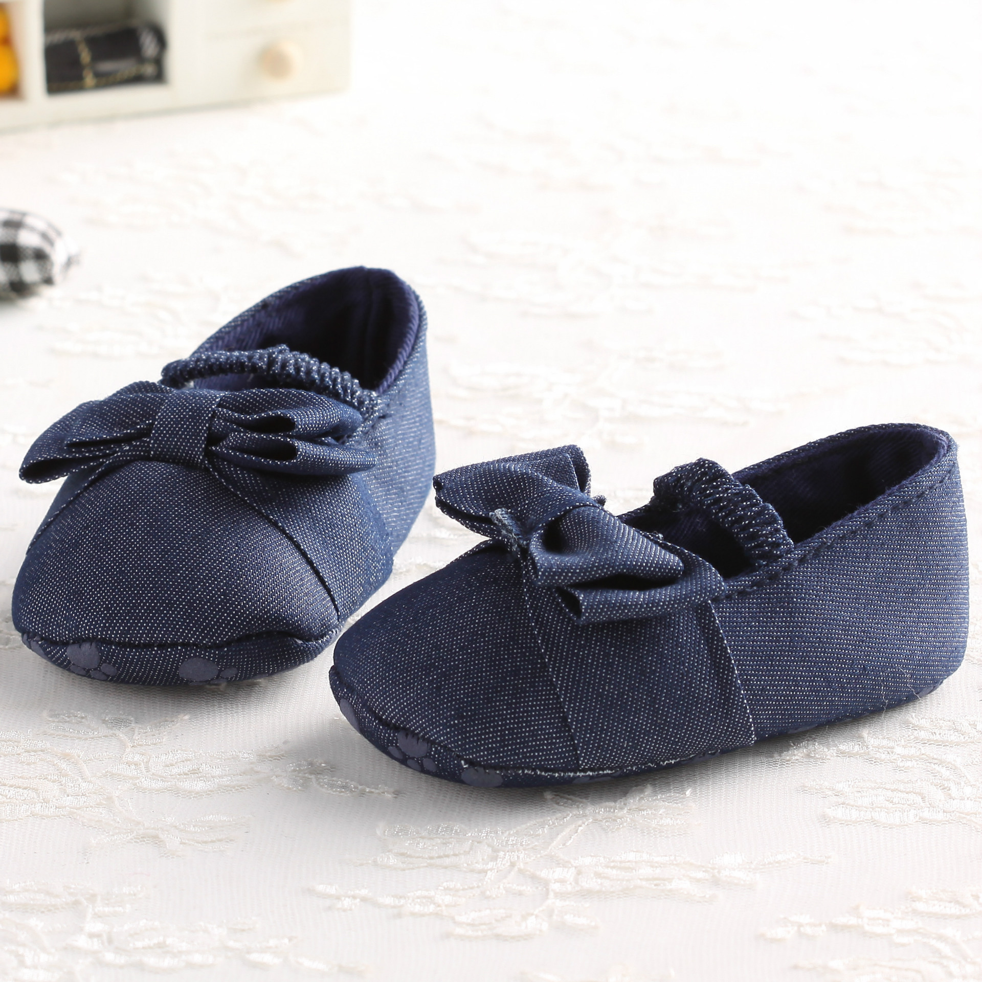 Newborn Baby Girl Shoes 0-1 Years Comfortable Prewalker Walking Toddlers Bowknot Jean Special  Soft Bottom Summer Shoes For Girl