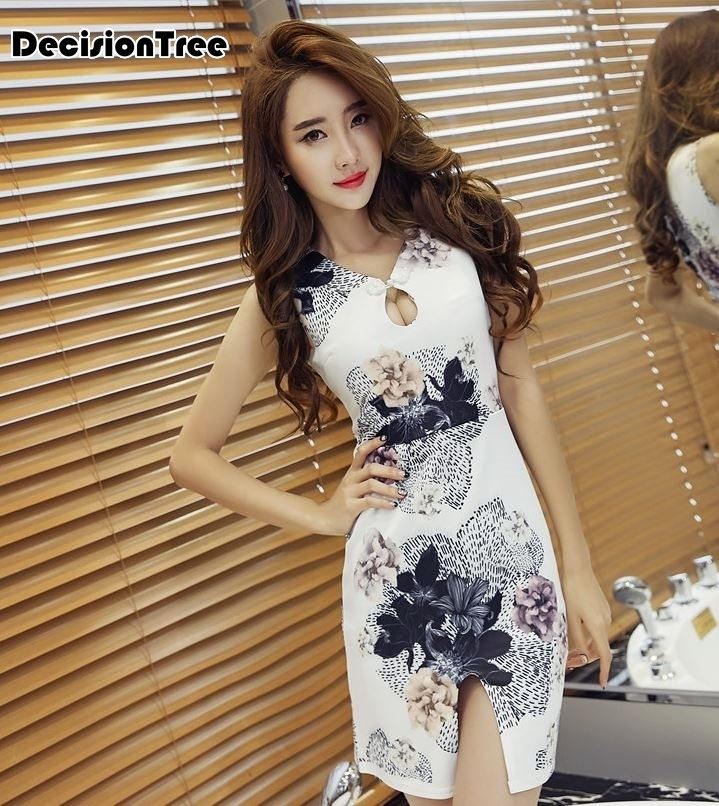 2020 Sleeveless Cheongsam Chinese Dress Vintage Floewer Print Women's Silk Chinese Traditional Dress Cheongsam Chinese Dress