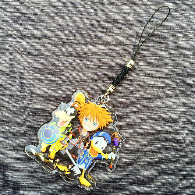 Кулон и брелок героев игры Kingdom Hearts 3