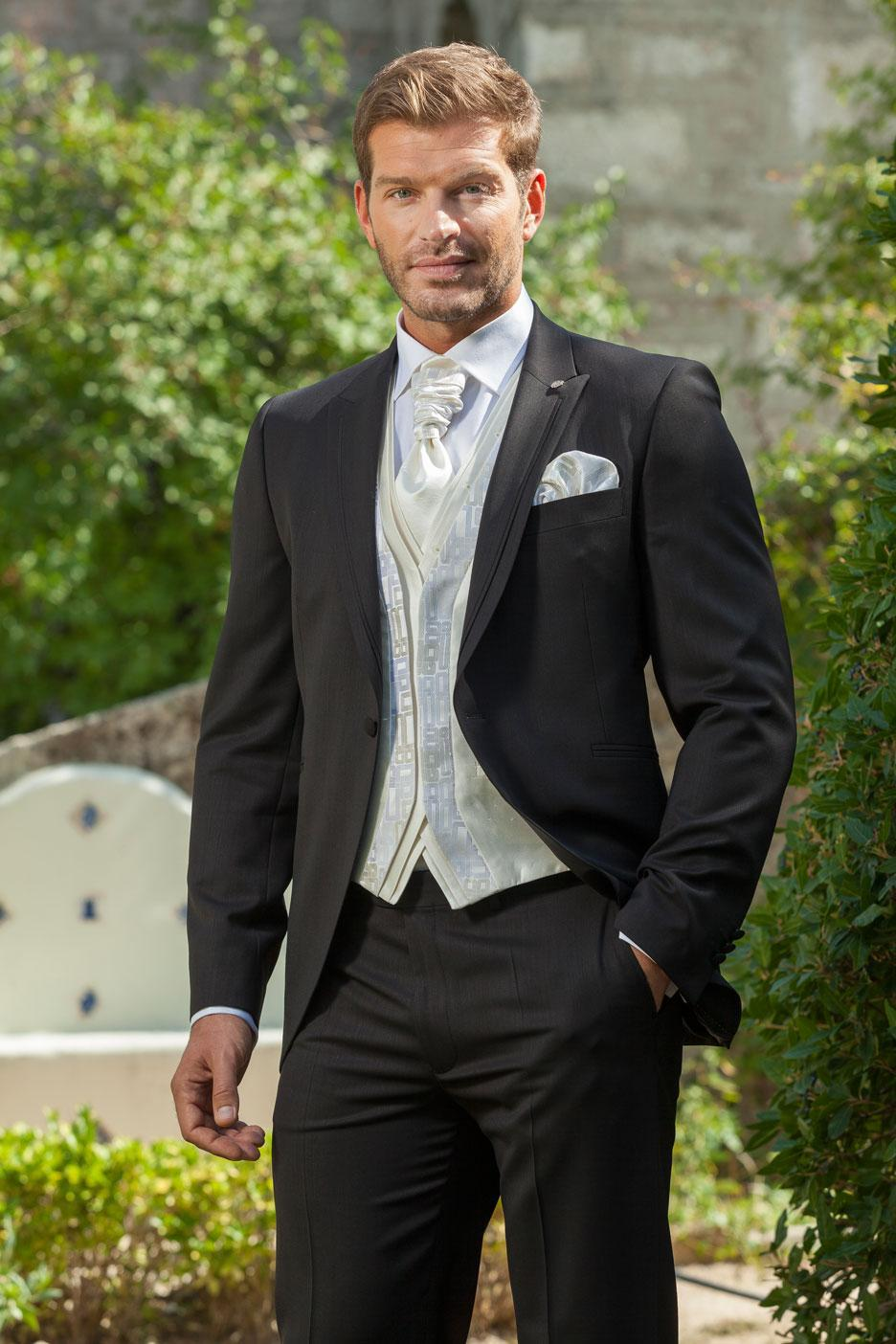 Hot Sale Customized Charcoal Wedding Ceremony Mens Suit Groom Tuxedos Bridegroom And Groomsman Suit Jacket+Pants+Tie+Vest