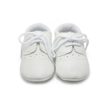 2016 High Quality Newborn Leather Baby Shoes Lace-up Non-slip Infant Toddler Baby Boy Shoes Factory Wholesale First Walkers leather baby first walkers antislip first walkers for baby boy girl genius nubuck leather baby infant toddler shoes 0 1 years