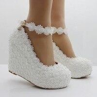 الأبيض الرباط الأوتاد مضخات أحذية للمرأة اضافية عالية 10 سنتيمتر TG596 الكاحل الأشرطة السيدات عالية الكعب منصات اللؤلؤ الزفاف الأحذية