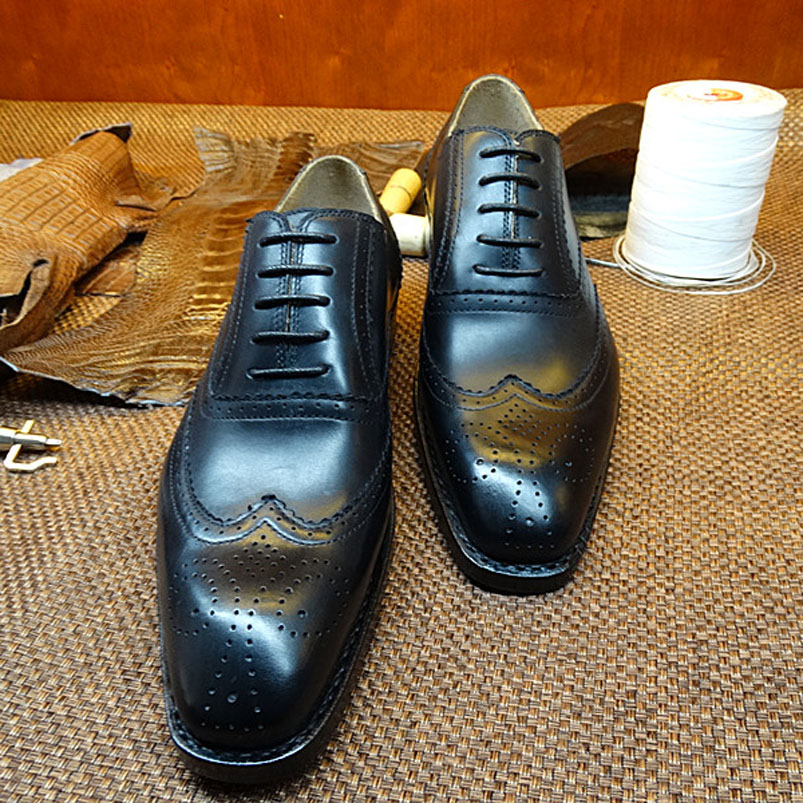 LA17 Custom Made Goodyear Welt Men's Calf Leather Handmade Brogue Wingtip Shoes Men's Black Dress Oxfords Shoes Plus Size