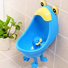1 PCS Baby Urinal Cute Frog Shape Children Stand Vertical Urinal Wall-Mounted PP Urine Blue and Green