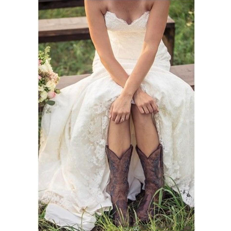 Country Style Lace Wedding Dresses Sweetheart Low Back