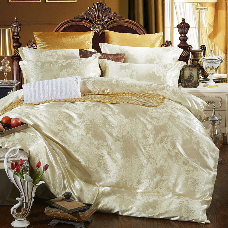 Home textile bedding set jacquard luxury cotton bed set for Luxury cotton comforter sets