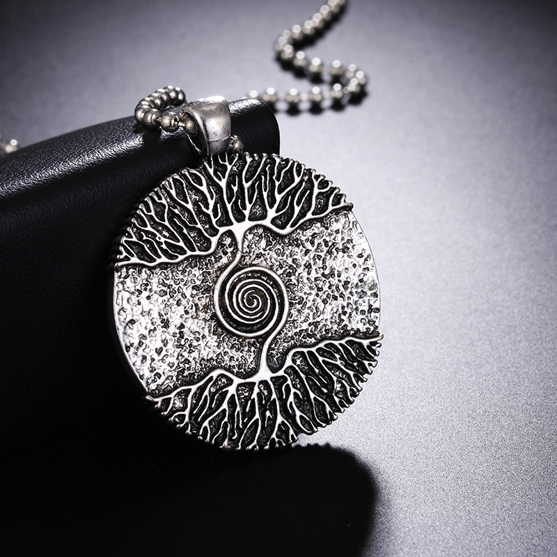 Vikings Amulet Tree of Life Round Silver Color Big Pendant Necklace Stainless Steel Chain Necklace Norse Viking Jewelry Talisman