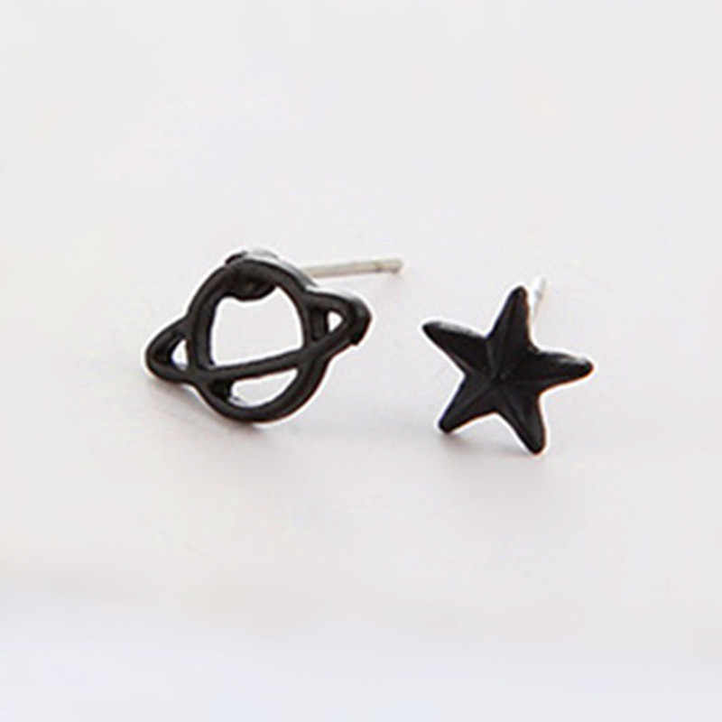 New Sale Cute Black Gun Color Planet Star&Saturn Stud Earrings for Women Space Piercing Earrings  Fashion Creative Earring G