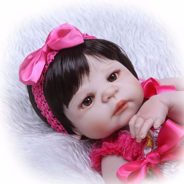 Silicone Reborn Baby Dolls Lovely Doll For Baby Gift 3