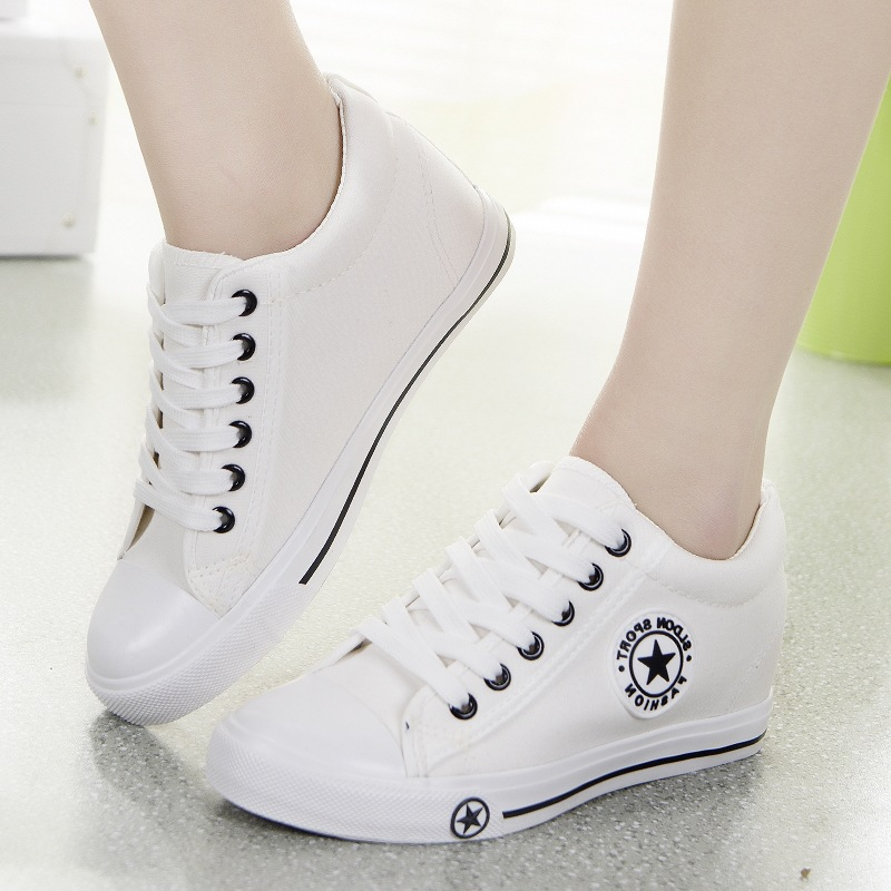 цена Vulcanize Sneakers Women Trainers Summer Wedges White Sneakers Basket Femme Lace-Up Ladies Canvas Shoes Casual Zapatos Mujer