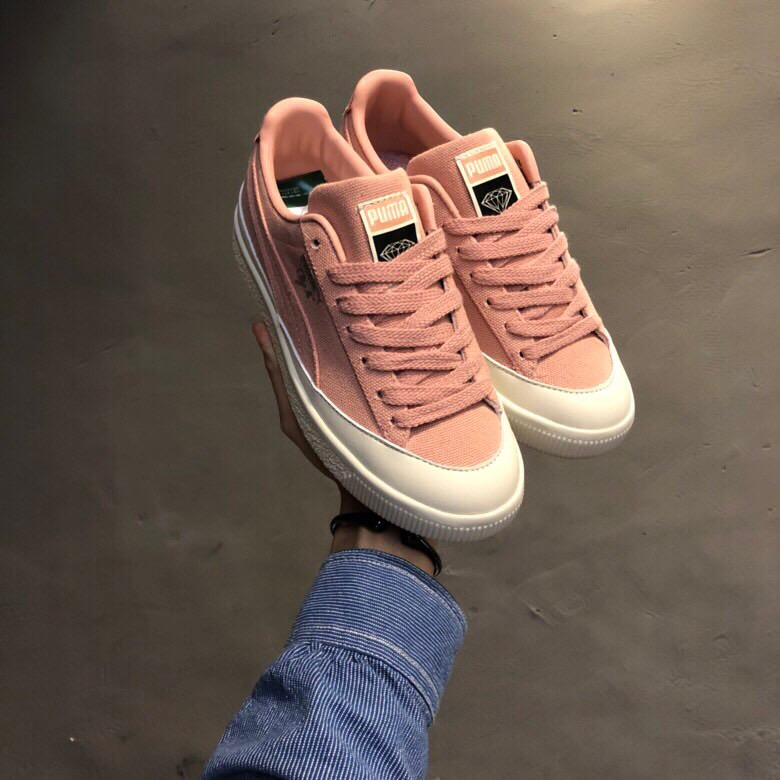 new style 37b09 2fe42 US $59.52 5% OFF|New Arrival Original Puma Clyde X Diamond Women's  Breathable Sneakers Badminton Shoes Size 35.5 39-in Badminton Shoes from  Sports & ...