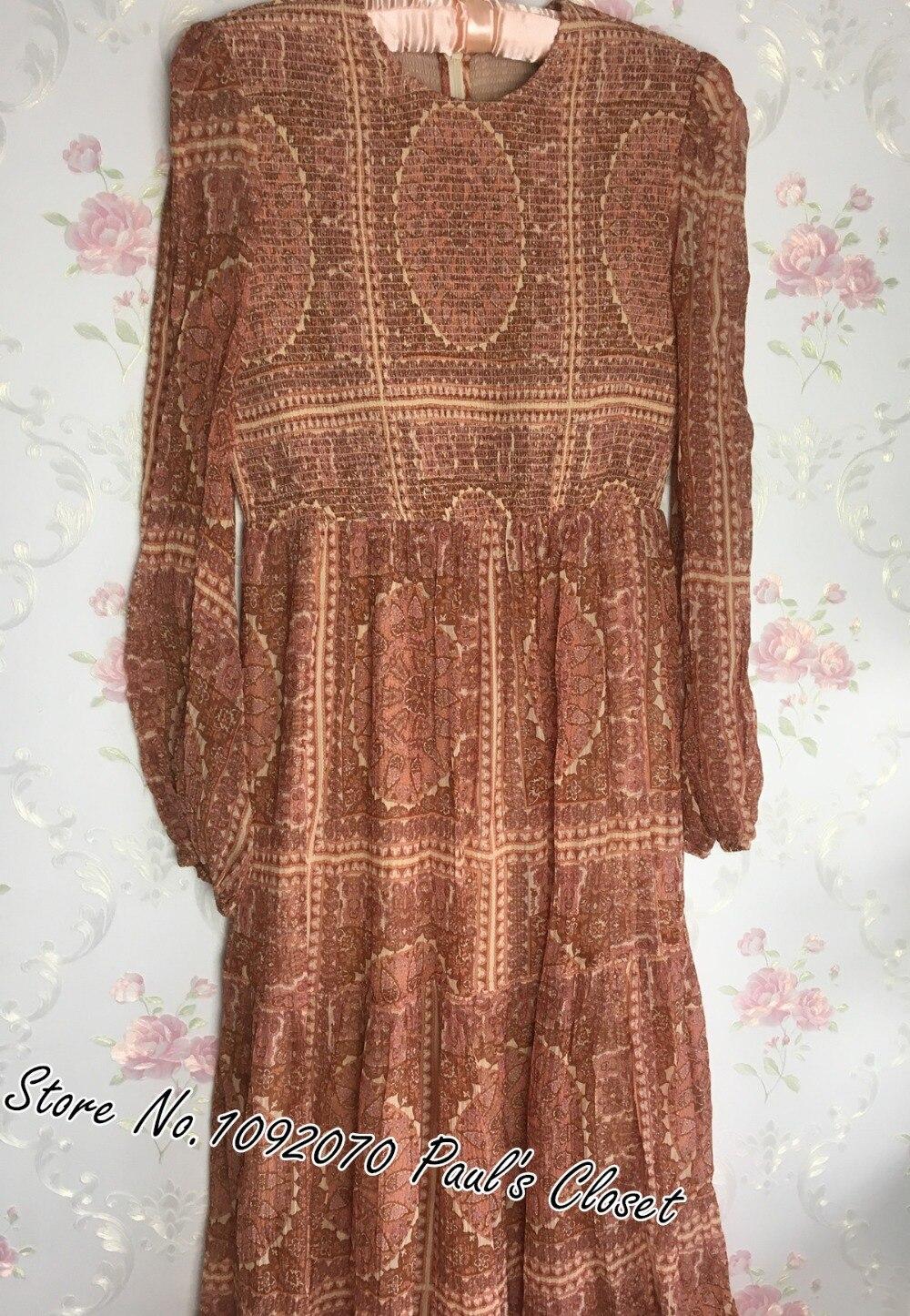 Femmes manches longues imprimé cachemire soie froissée Maxi robe avec encolure ronde