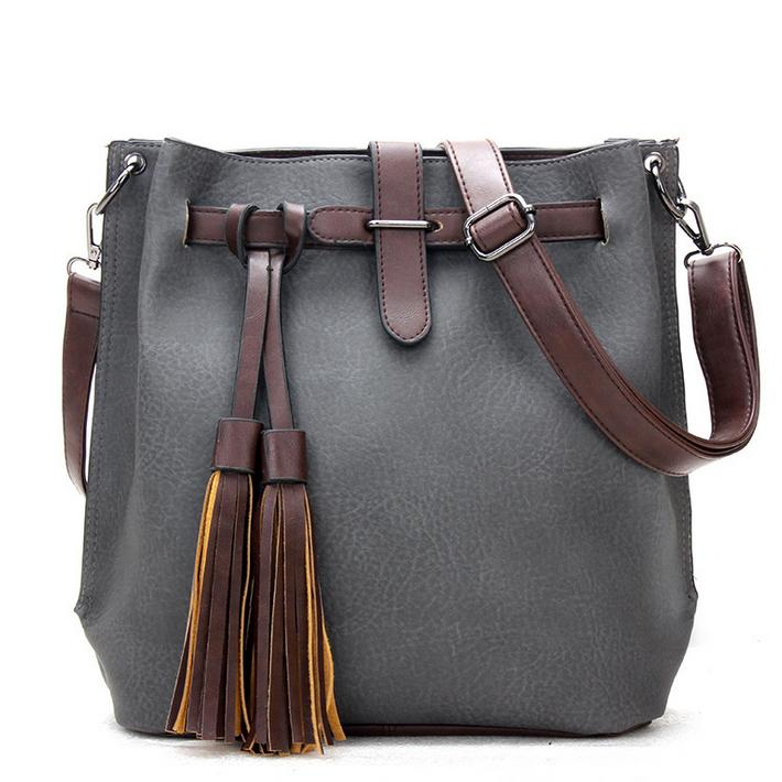 Famous Designed Women Handbags Solid Bucket Bags Large Retro Shoulder Bags  Vintage Tassel Messenger Bags Simple Crossbody Bags 9969a68112078