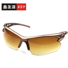 18 New mountaineering glasses wholesale sunglasses men and women outdoor bike riding sunglasses tide electric car sports glasses tide brand pilots in same silver frog mirror retro sunglasses for men and women big yards sunglasses color polariscope authtic