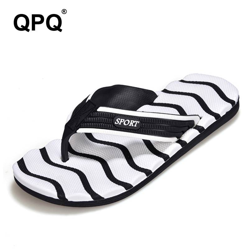2017 Summer Casual Men Slippers Fashion Big size Flip Flops Non Slip on Sandals Light Shoes Valentine Striped Beach Sandals XC29 casual men s sandals with striped and velcro design