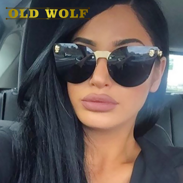 ac6d74a73e4 OLD WOLF 2017 Hot Sell Fashion Medusa Sunglasses Women Brand Eyewear Travel  Rose Pink Lady Sunglasses Catwalk Models Style SG058