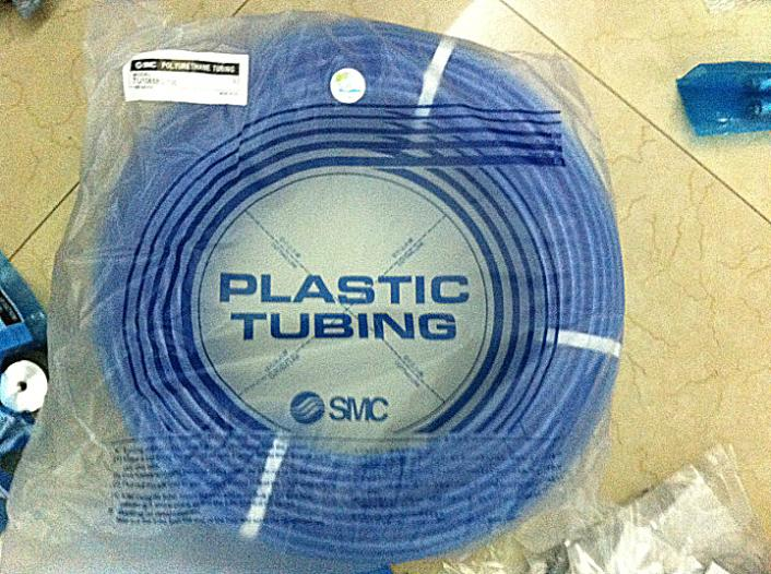 SMC pneumatic Blue air hose TU1065BU-100 Inside diameter 6.5mm External diameter 10mm Hose length 100m smc pneumatic white air hose tu1208c 100 inside diameter 8mm external diameter 12mm hose length 100m