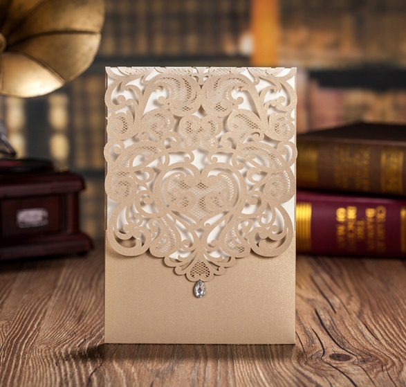 2017 NEW 50pcs Wishmade CW5010 Champagne Gold Hollow Flower Making Wedding  Invitation Card With One Page
