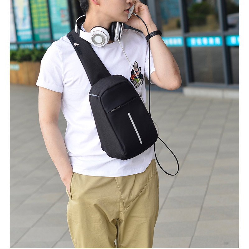 2019 Male Casual Anti Theft Travel Chest Bags Men Single Shoulder Strap CrossBody Bags USB Charging Headphone Plug Pack Rucksack in Waist Packs from Luggage Bags