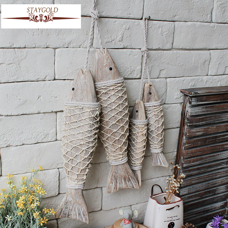 Mediterranean style wooden fish wall hanging decorated for Animal wall decoration