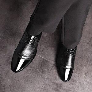 Image 4 - ريتين 2020 احذية الرجال الرسمية مدببة اصبع القدم الرجال اللباس أحذية جلدية الرجال أكسفورد أحذية رسمية للرجال موضة فستان الأحذية 38 48