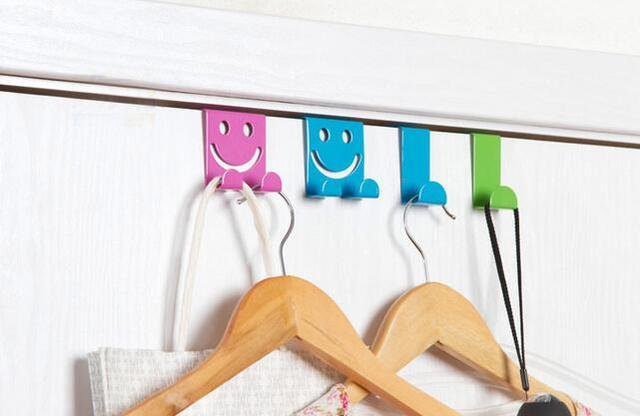 Ganci Sopra Porta.Us 3 3 Vendita Calda In Acciaio Inox Sopra Porta Dell Armadio Da Cucina Disegnare Volto Sorridente Ganci Asciugamano Ganci Prezzo Piu Basso In
