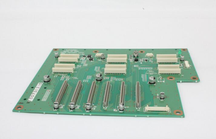Original Roland Carriage Board W700311311 XC-540 / XJ-640 / XJ-740 Printer permanent roland xj 640 xj 740 eco solvent chips 6pcs set cmyklclm printer parts