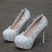 цены Women Shoes Pumps White Lace Flower Rhinestone Shallow Mouth Thin Heel Wedding Bridal Shoes Party Elegant High Heels XY-A0321