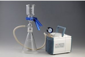 GM-0.33A diaphragm Vacuum 1000ml solvent filter filtration oil-free pump for Chemical analysis pharmaceutical use shanghai jiebao piston oilless vacuum machine large flow and high vacuum oil free vacuum pump ac220v 1500w 90kpa 275l min