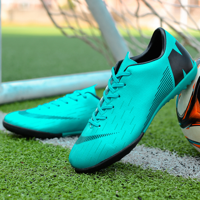 0c2477457 Men Soccer Shoes Indoor Futsal Shoes With Socks Professional Trainer TF  Football Boot high ankle Zapatillas Superfly Original