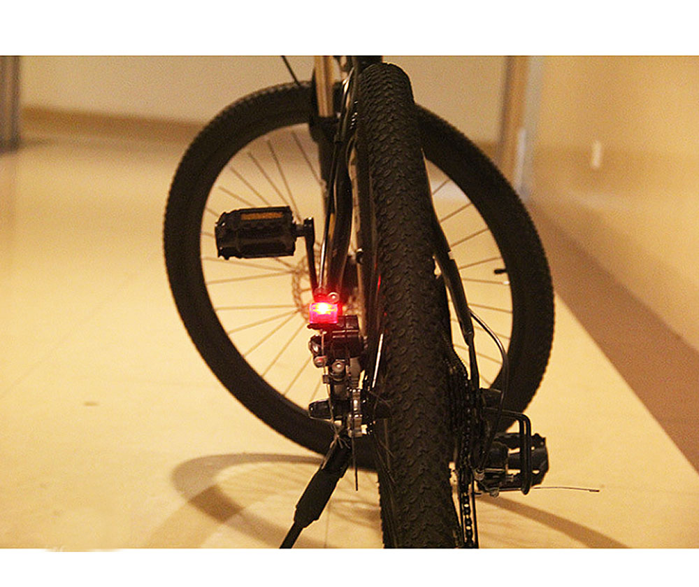 Bicycle Bike Cycling V Brake Light LED Tail Rear Light Safety Warning Lamp