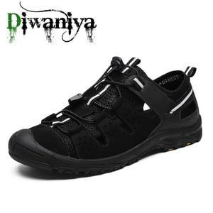 Image 2 - Летние мужские уличные сандалии, клетчатые Летние повседневные удобные нескользящие походные туфли, пляжные рыболовные сандалии, большой размер 38 46
