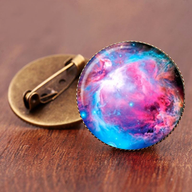 SUTEYI 2017 Sale Charming Astronomy Geek Jewelry Sci-fi Science Galaxy Brooch Gift Wholesale Outer Space Nebula Pture Brooches 2