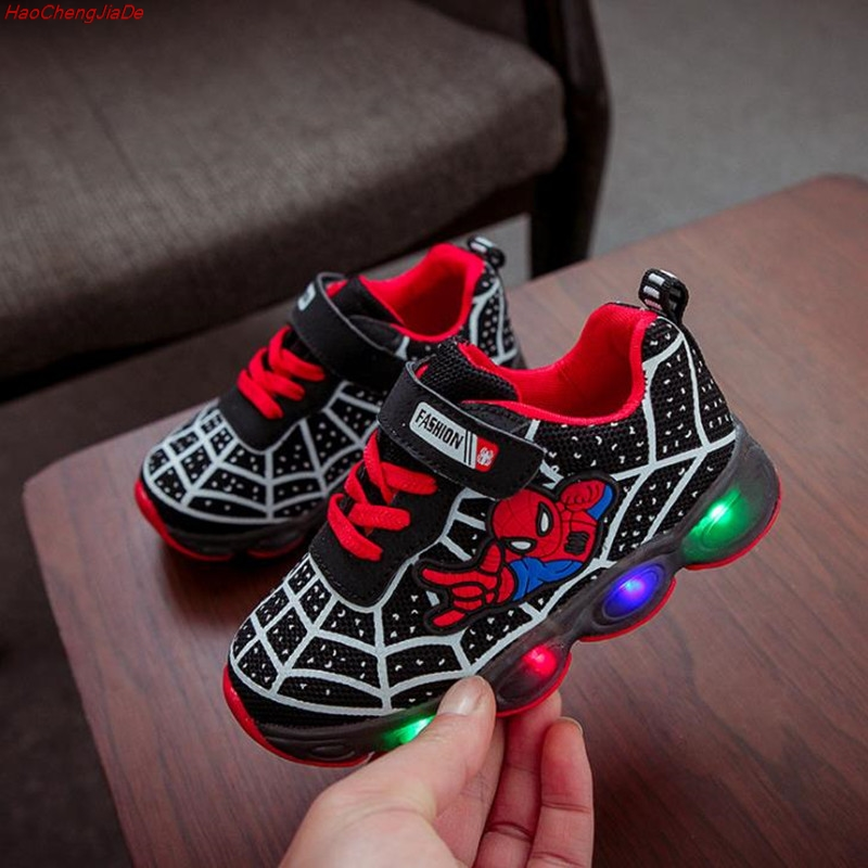 HaoChengJiaDe Brand Mesh footwear kids LED Flashing Shoes Baby Casual Shoe Cartoon Boys Spider-Man Shoes Child Luminous SneakersHaoChengJiaDe Brand Mesh footwear kids LED Flashing Shoes Baby Casual Shoe Cartoon Boys Spider-Man Shoes Child Luminous Sneakers
