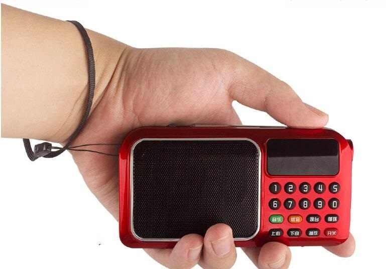Pocket Radio FM Radio Mini Draagbare Oplaadbare Radio Ontvanger Speaker met Flitslicht Ondersteuning USB TF Card Muziek MP3 Speler