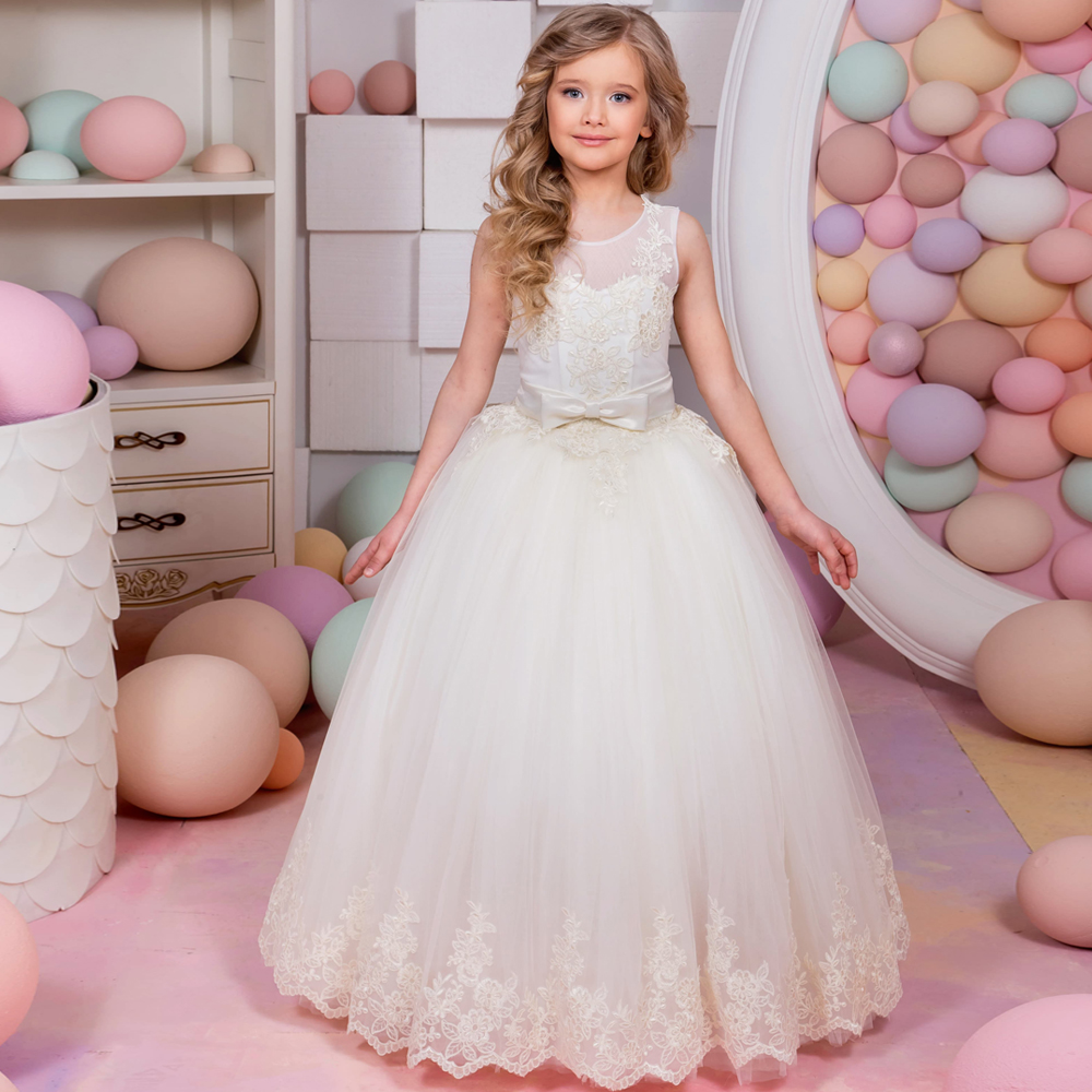 2017 New Arrival Flower Girl Dresses Sleeveless Lace Up Bow Belt Ball Gown First Communion Gowns Vestidos Longo for Weddings
