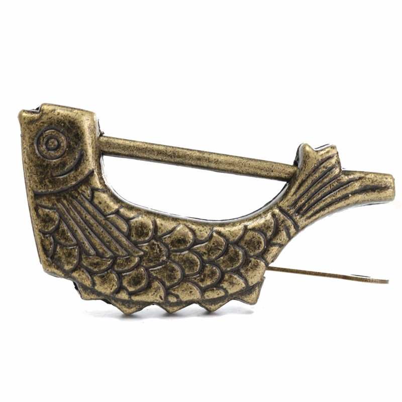 Vintage Chinese Antique Old Style Retro Brass Padlock Jewelry Box Fish Pattern Lock Key for Home Decor Ornaments