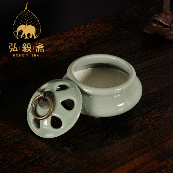 Hong Yizhai Dehua ceramic incense incense and incense incense burners disc four furnace hong yizhai sandalwood aloes tower incense burner with xiangxiang disc ceramic ornaments fulinmen