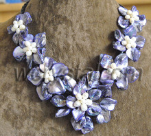 Purple Baroque Shell White Pearl Seven Flower Bib Necklace