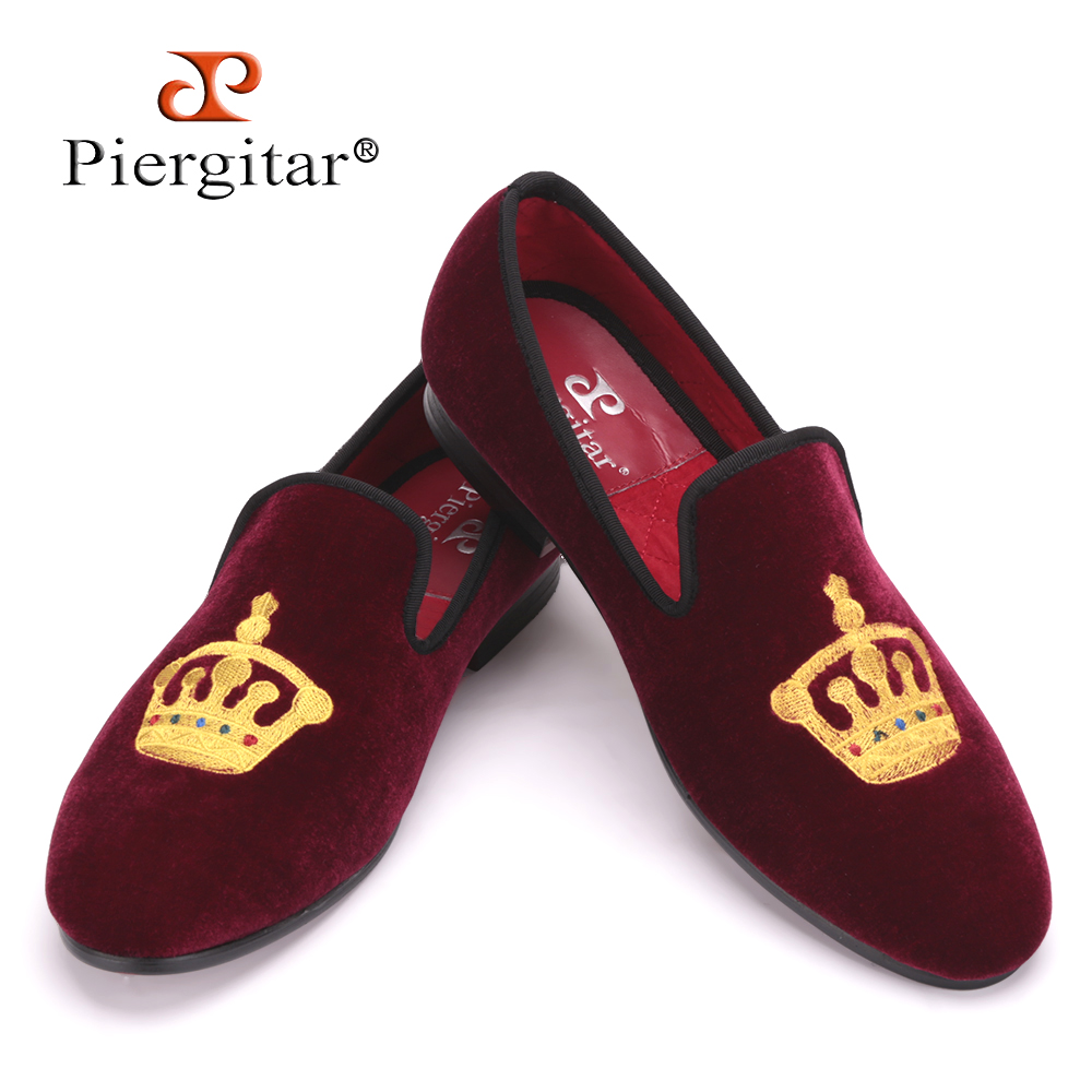 5be7aea9f352 Embroidered Gold Crown Design Men Velvet Shoes Fashion Men Smoking Slippers  male wedding and party loafers US4-17 Free shipping