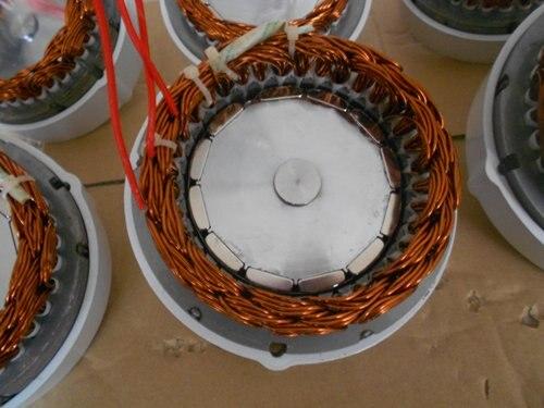 Max 550 W générateur à aimant permanent pour éolienne pour Libellule vent turbine, Adapté pour Air-x et Air brise