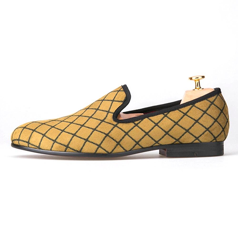 Ayakk.'ten Erkek Rahat Ayakkabılar'de Dört Renk Örgü Erkek Kadife ayakkabı Erkekler moda makosen ayakkabılar Artı Boyutu Sigara Terlik erkek Flats Boyutu ABD 4 14 ücretsiz kargo'da  Grup 2