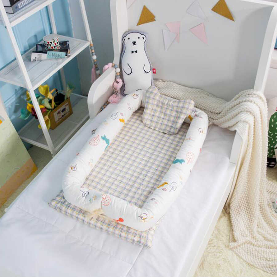 Baby Nest Bed, Baby Bassinet for Bed, Newborn Infant Co-Sleeping Portable Cribs & Cradles Lounger Cushion